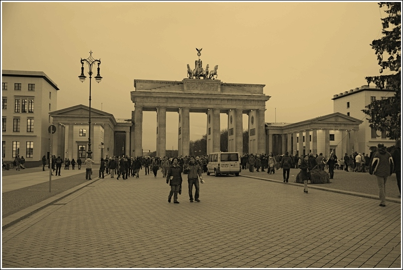 619_berlin_Brandenburger_Tor_02.jpg